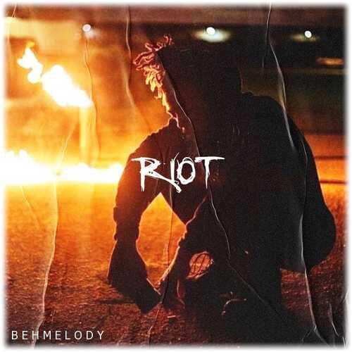 دانلود آهنگ شنیدنی XXXTENTACION به نام Riot